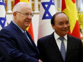ראש ממשלת וייטנאם נגוין שואן פוק והנשיא ראובן ריבלין Photo: Reuters